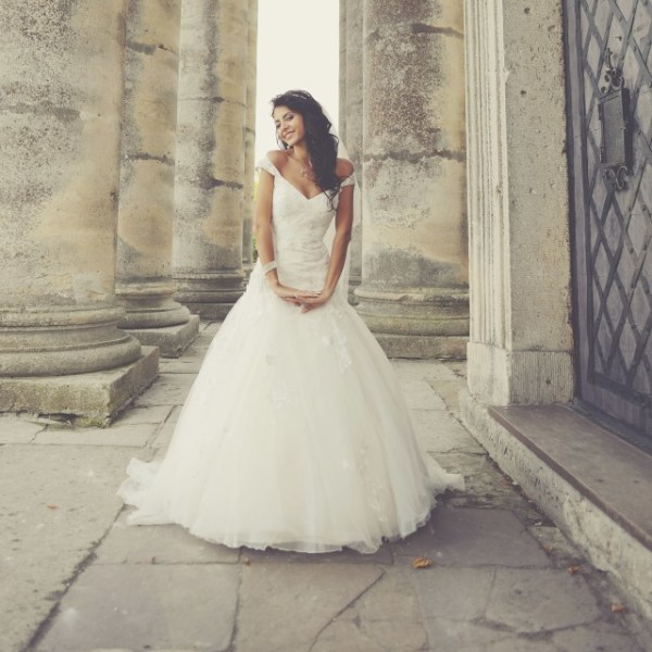 Factors to Consider when Choosing Wedding Dresses